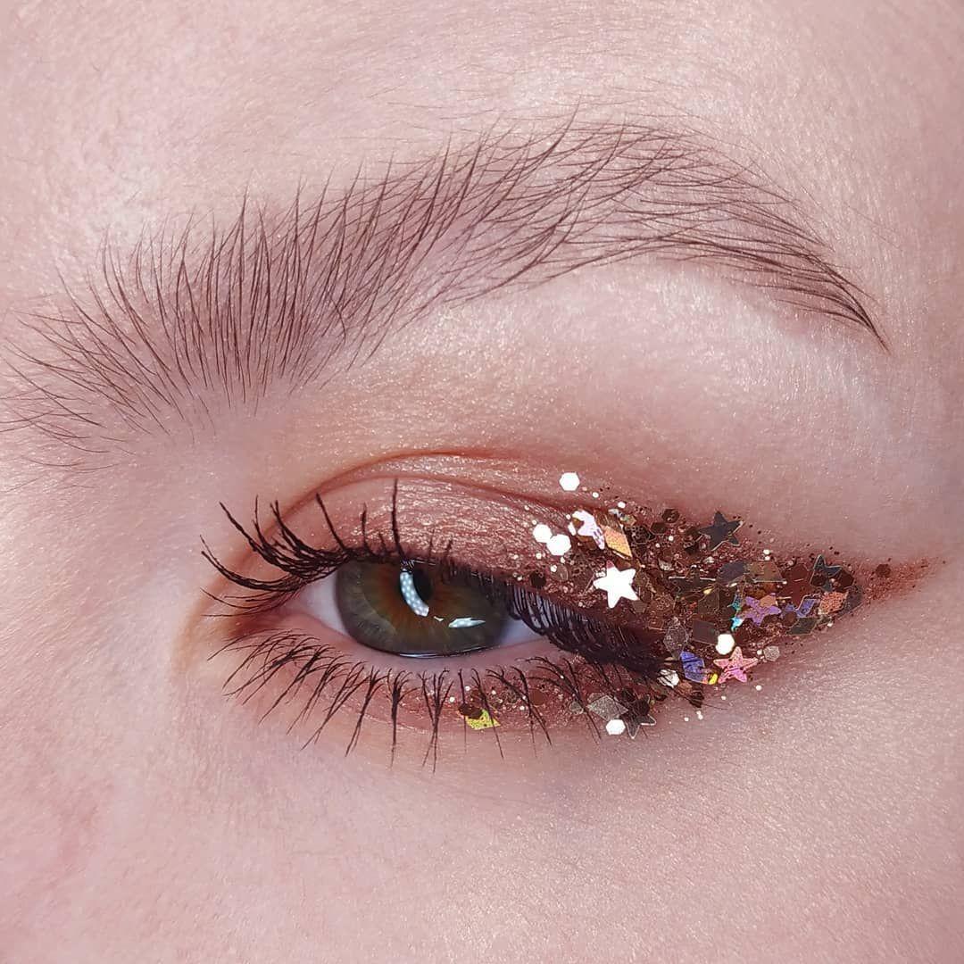 Maquillajes para tus ojos por si ya no sabes cómo pintarlos #glitter