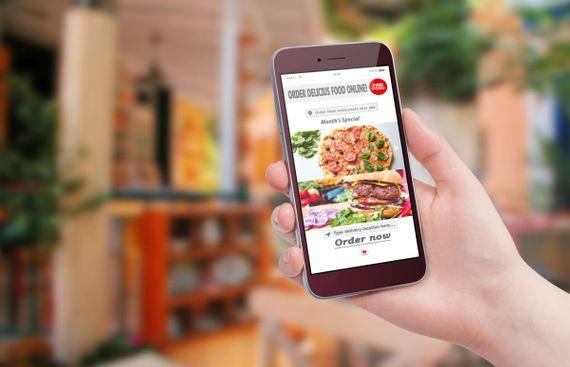 Deep Discounts Restaurants, Online Food Apps Battle it