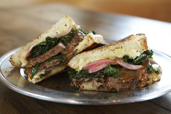 Brisket Sandwich At Trencher Echo Park Sandwich Restaurant Brisket Sandwich Sandwich Shops