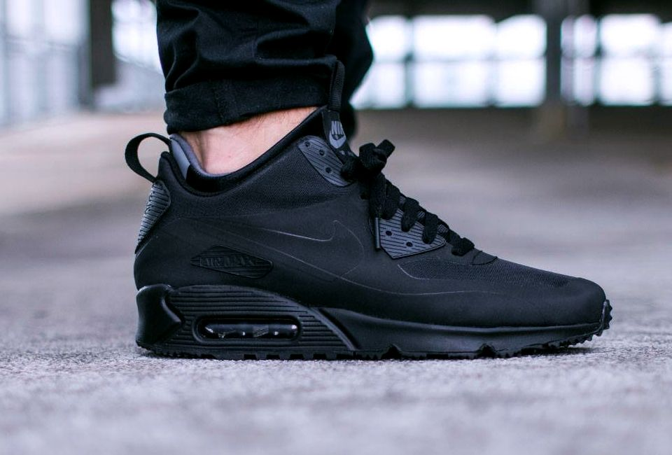 Nike Air Max 90 Mid Winter 'Black' (via Kicks