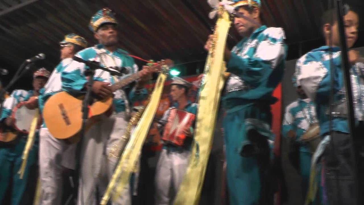 43º Encontro de Folias de Reis de Valença RJ 2014 Mais um evento de sucesso realizado pela AGFORV - Associação dos Grupos de Folias de Reis de Valença - RJ, com o apoio de Santana Eventos e Secretaria de Cultura e Turismo de Valença.