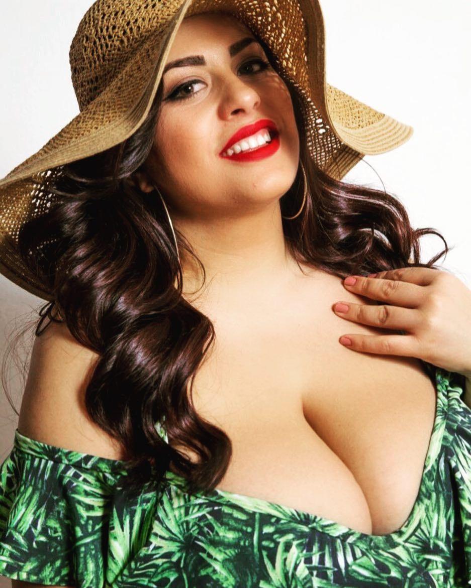 costina ana-maria munteanu | bbw style | pinterest | curvy, boobs