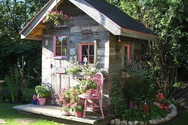 ▷ Comment Construire son abri de jardin en bois u2013 astuces et photos ? - construire un garage en bois m