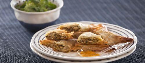 Receita de Chamuças de frango. Descubra como cozinhar Chamuças de frango de maneira prática e deliciosa com a Teleculinaria!