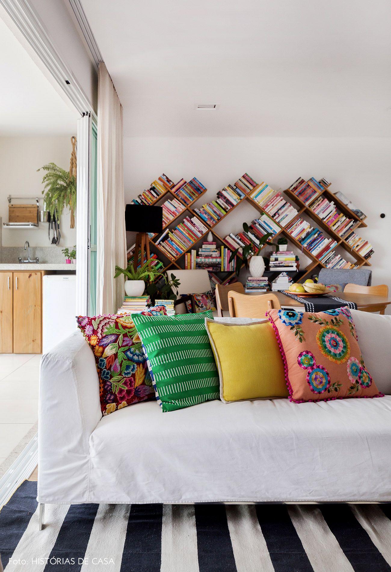 Um Mundo Colorido Decoracao De Casa Almofadas Coloridas E Salas
