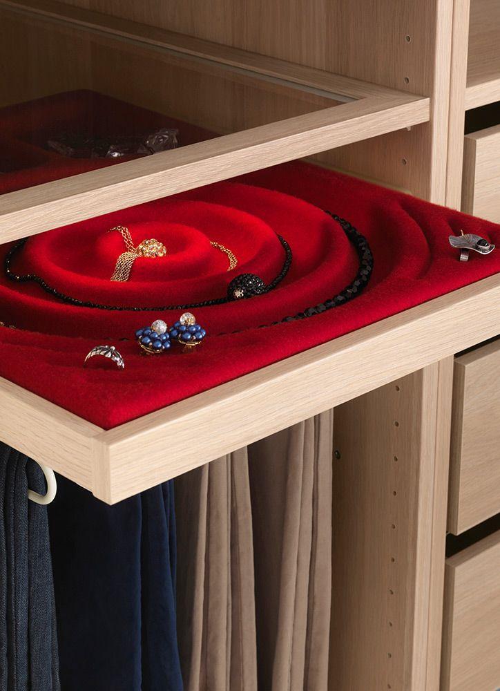 balda con accesorio de fieltro para joyas y bisuteria. La Escuela de ...
