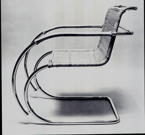 Mies van der Rohe, MR Chair 1926