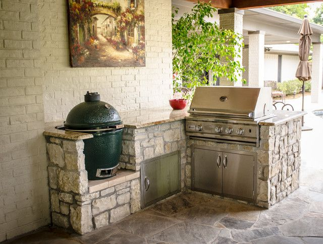 Gas And Charcoal Grill Combo Porch Traditional With Categoryporchstyletraditionallocationdal Outdoor Kitchen Countertops Outdoor Kitchen Outdoor Kitchen Design
