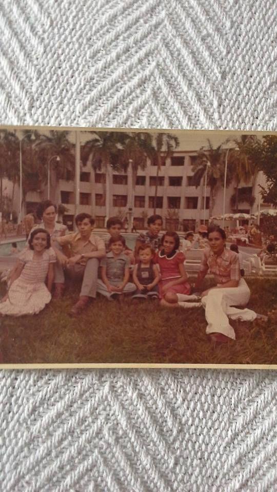 Mao pequeño con familia de sofia Muñoz