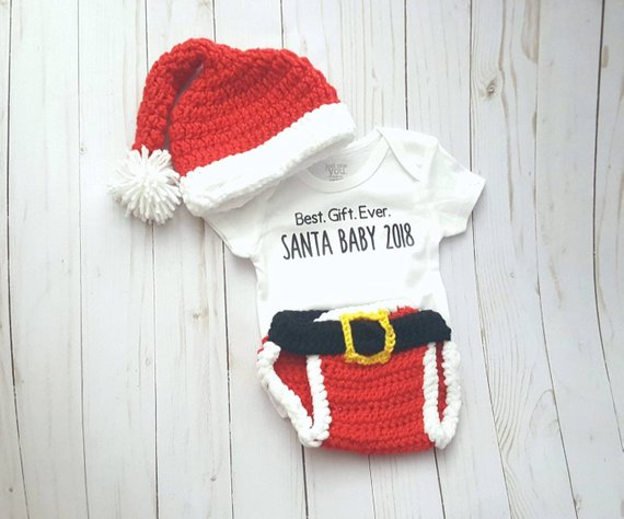 4c8bc719024 This adorable Santa Baby hat   diaper cover together makes the perfect First  Christmas outfit hat beanie is perfect to keep babies head warm