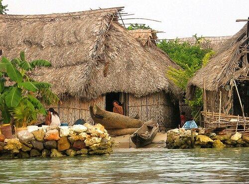 Kuna indian houses, San Blas islands