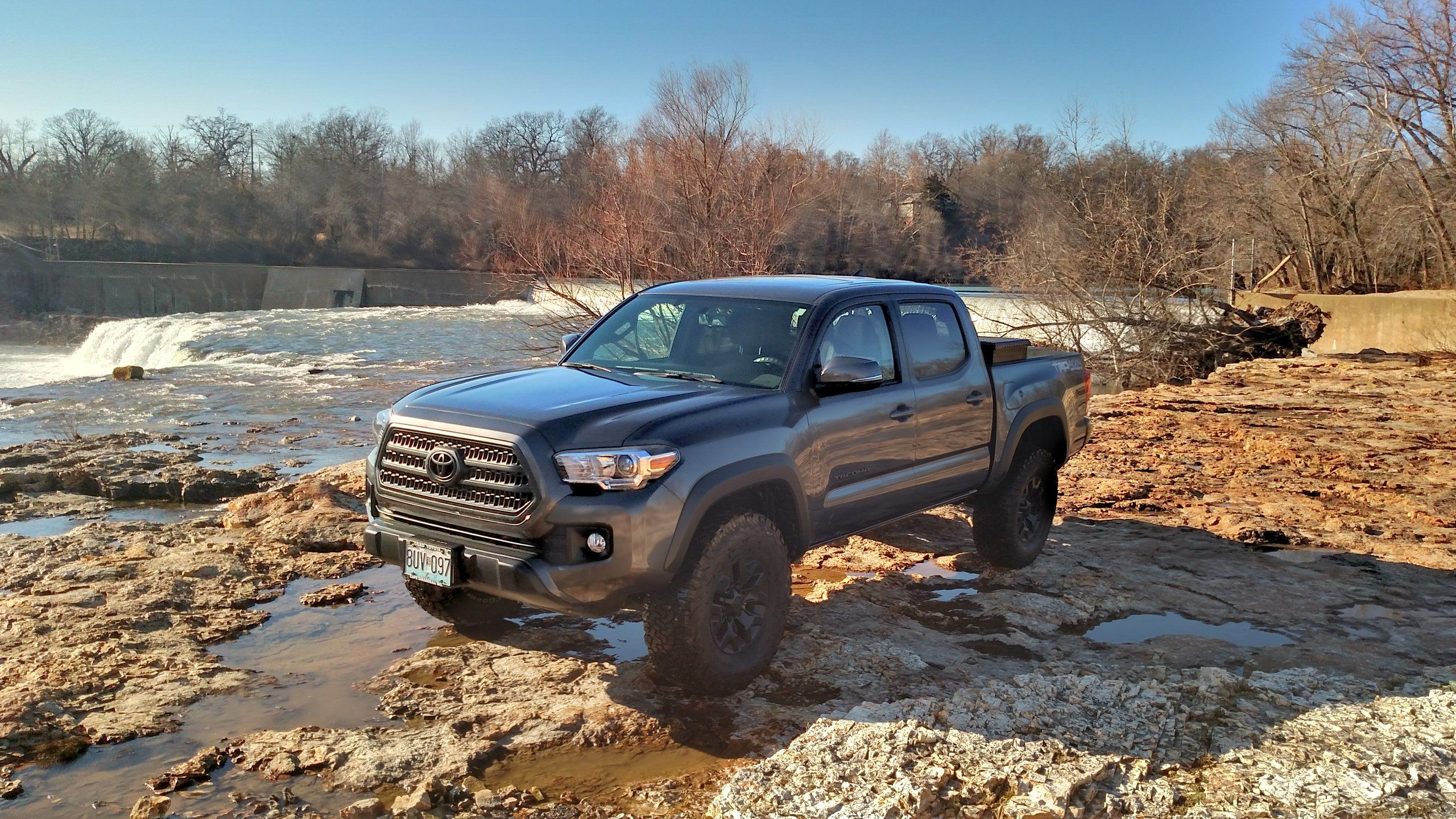 2017 toyota tacoma trd off road specs. Black Bedroom Furniture Sets. Home Design Ideas