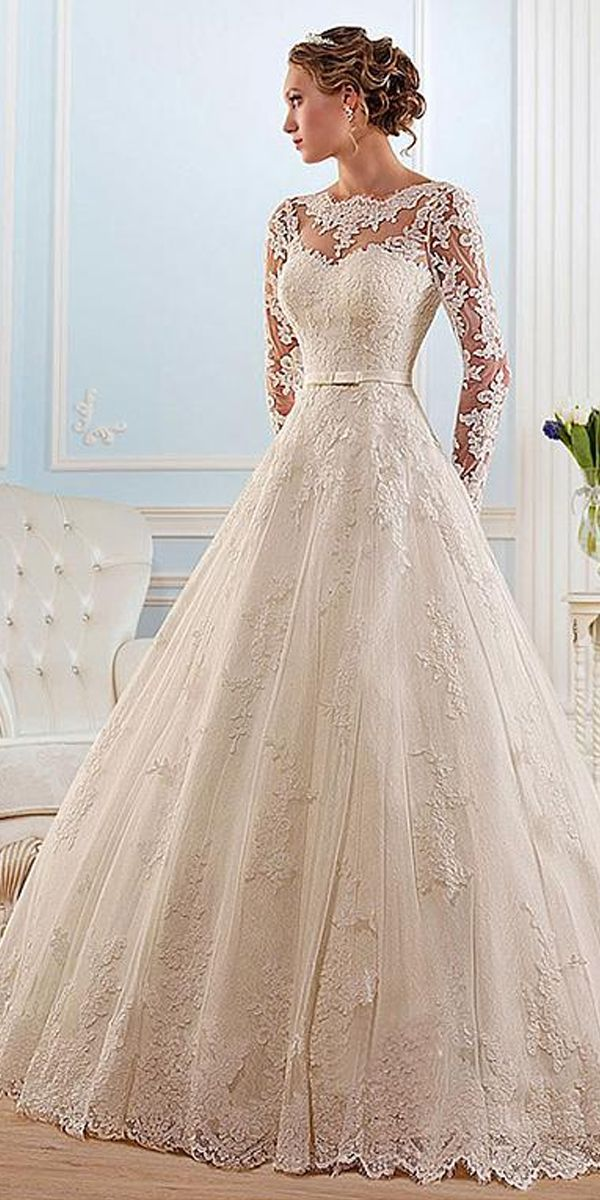 Glamorous Tulle Bateau Neckline Ball Gown Wedding Dress With Lace Appliques #tulleballgown