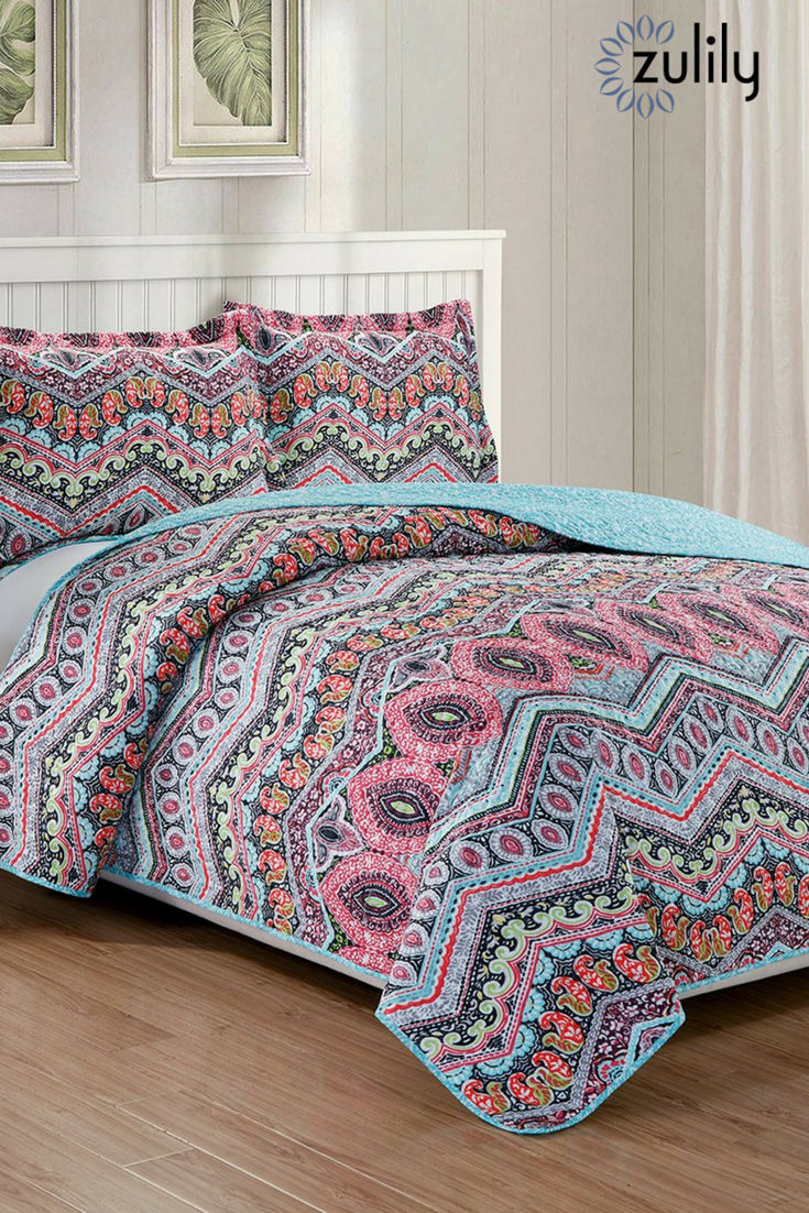 Shop Quilts Under 30 Onzulilytoday This 26 99 Reversible Three Piece Quilt Set Features Two Distinct Designs Th Bedding Sets Home Decor Bedroom Quilt Sets