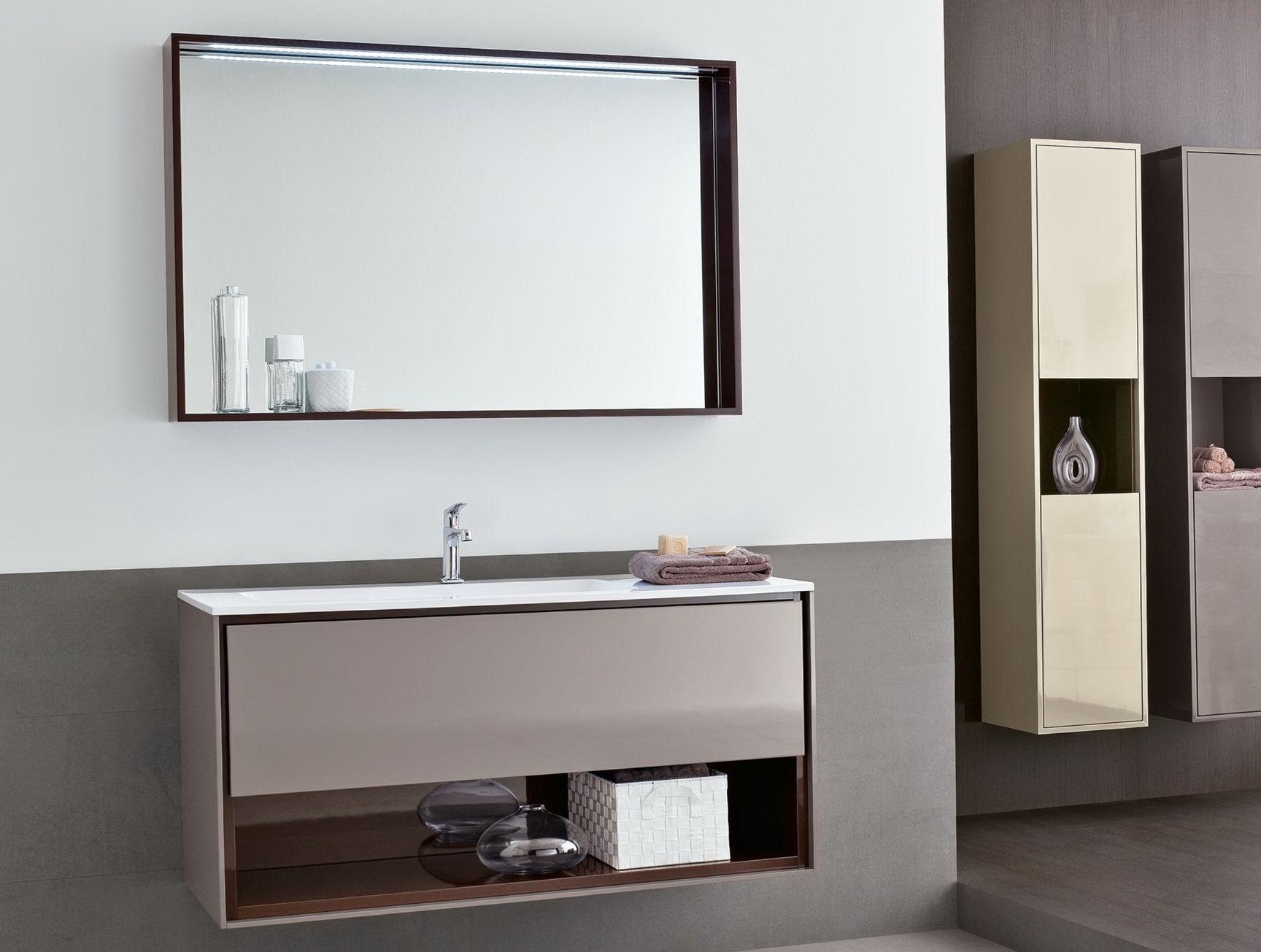 Nehmen Sie die Richtige Wahl, Großer Spiegel im Bad ...