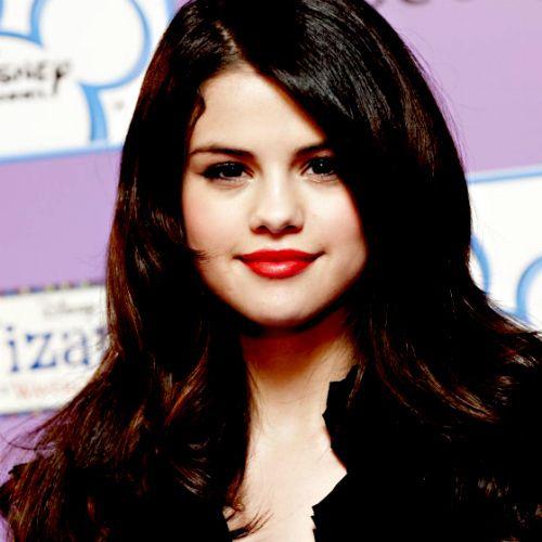 Selena Gomez Wearing Dark Red Lipstick