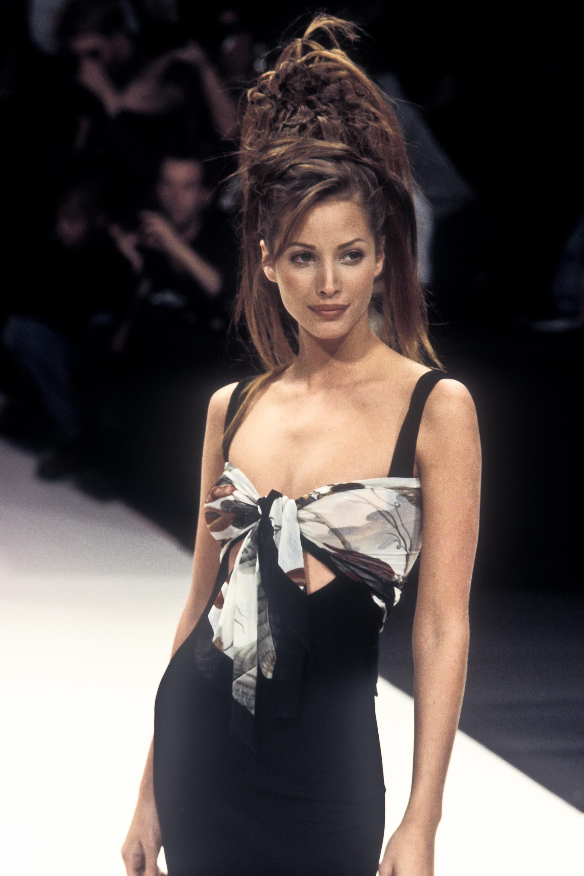 Pin by Lou on Christy Turlington in 2020 (With images
