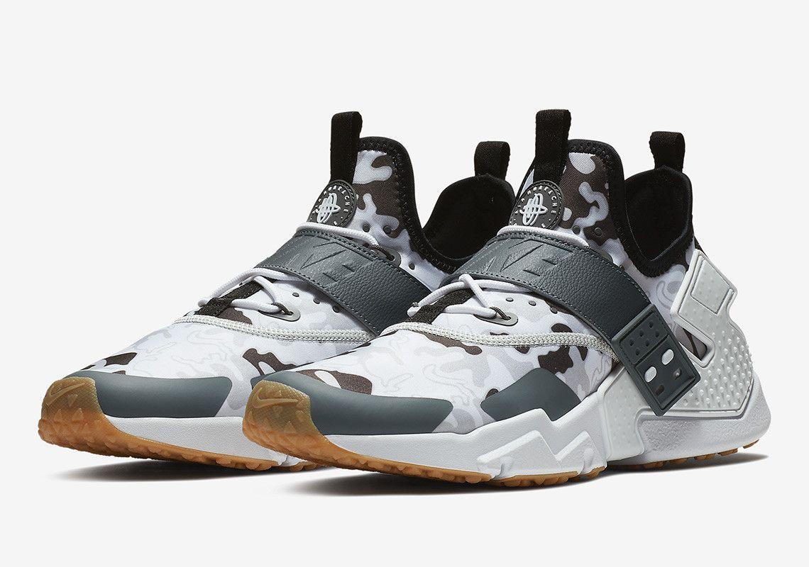 36850ec41f5d4 Nike Adds Camo Prints To The Air Huarache Drift