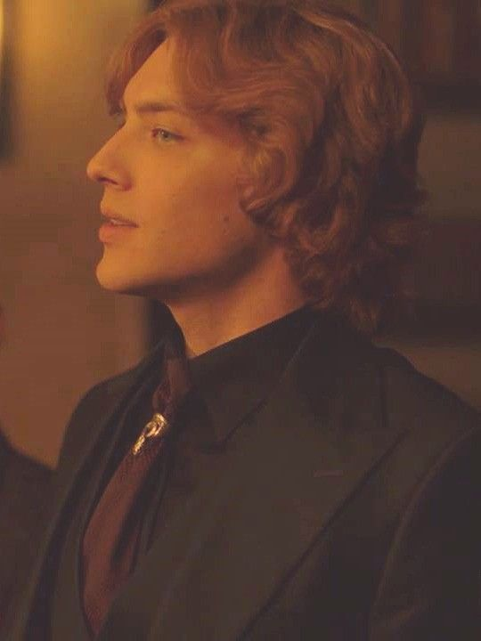 In American Horror Story: 1984 S9E1 Xavier, played by Cody