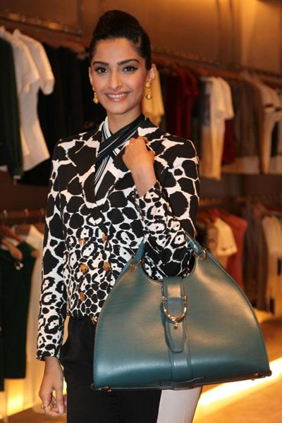 4f302b7775 Bollywood diva Sonam Kapoor has one of the finest collections of stylish  leather bags. Check one of them out !!