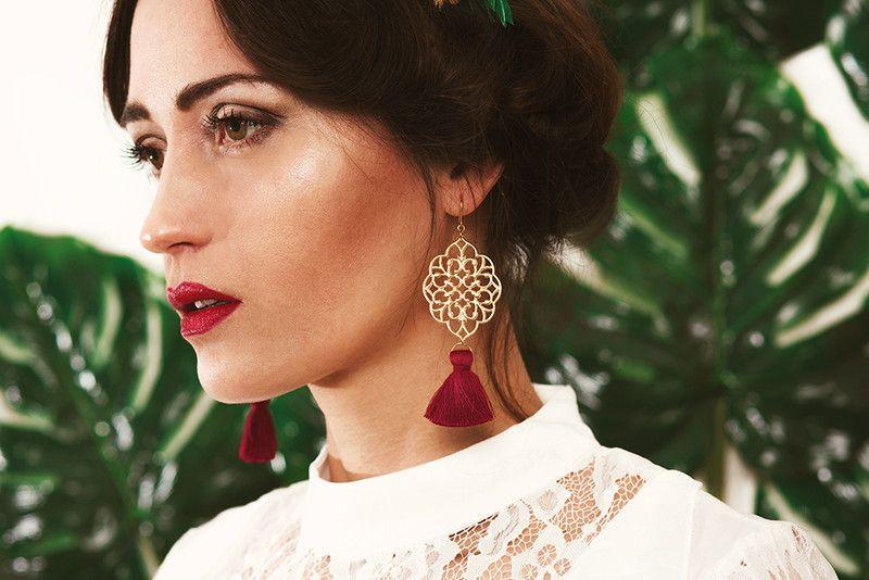 Ohrhänger - Ohrringe rote Quaste - ein Designerstück von fleuriscoeur bei DaWanda