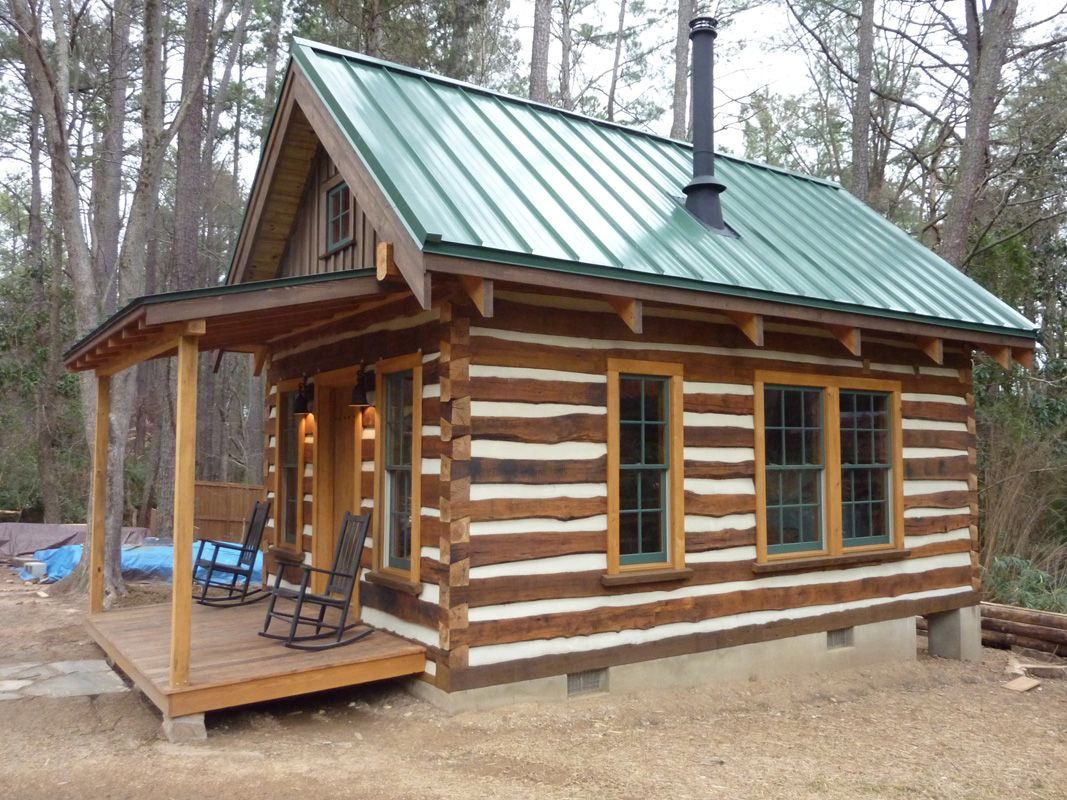 Building A Cozy Cabin Under 4 000 Small Log Cabin Tiny House Cabin Small Log Cabin Plans