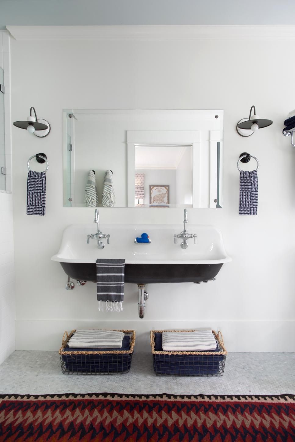 Small Bathroom Ideas on a Budget | Lets Do It! | Pinterest | Higher ...