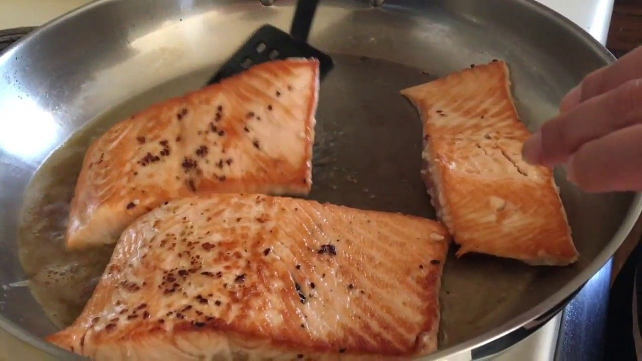 Salmon Al Ajo Y Mantequilla