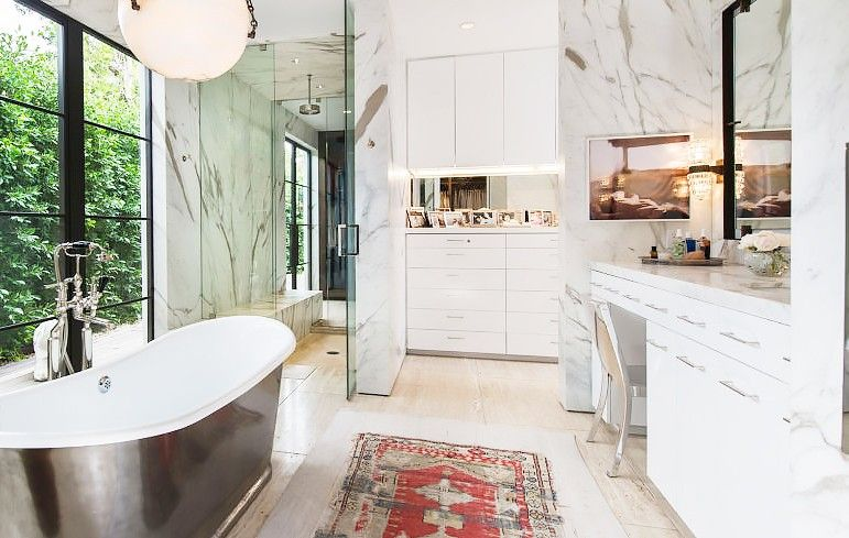 These Celebrity Bathrooms Will Make You Want to Renovate via @MyDomaine