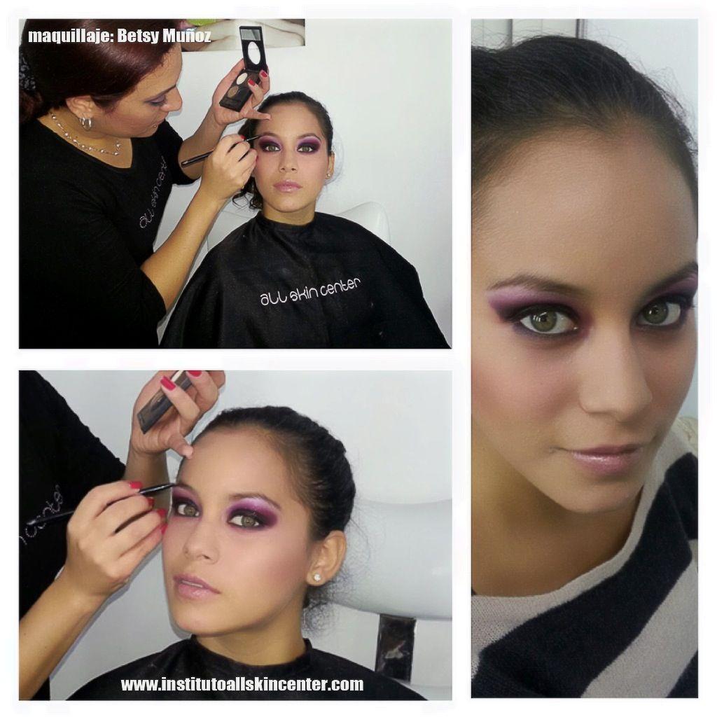 maquillaje de noche en tonos vino y violeta.  maquillaje: Betsy Munoz  Iinstituto All Skin Center