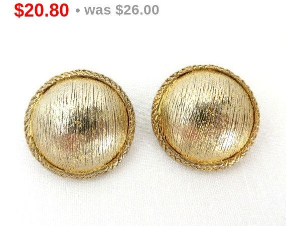 ON SALE! Hattie Carnegie Button Earrings Vintage Gold Tone Clip ons 1950s Jewelry Classic Everyday Wear