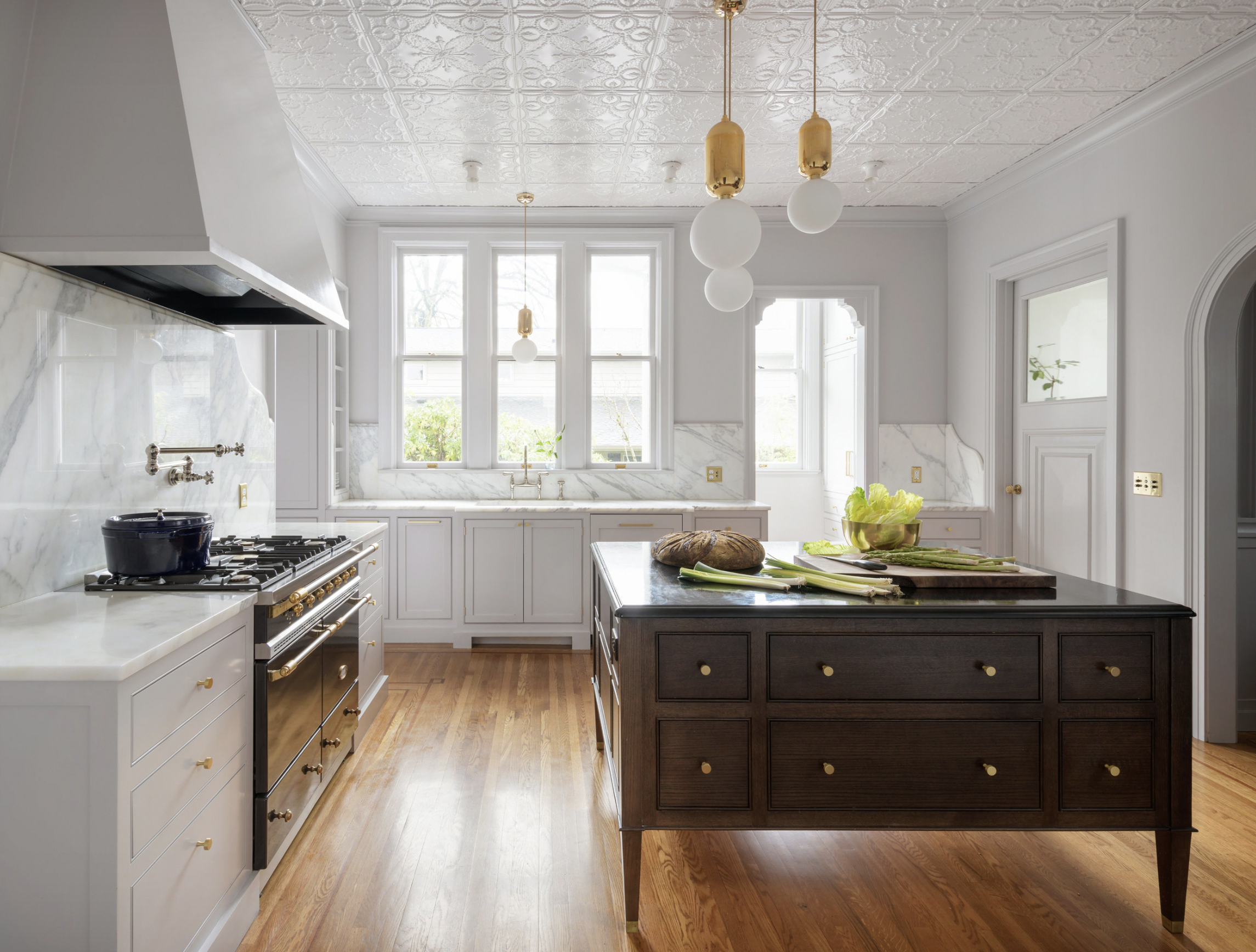 The Best Kitchen Paint Colors in 2019 | Two-tone Kitchen ...