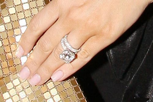 Khloe Kardashians wedding ring Wedding things Pinterest