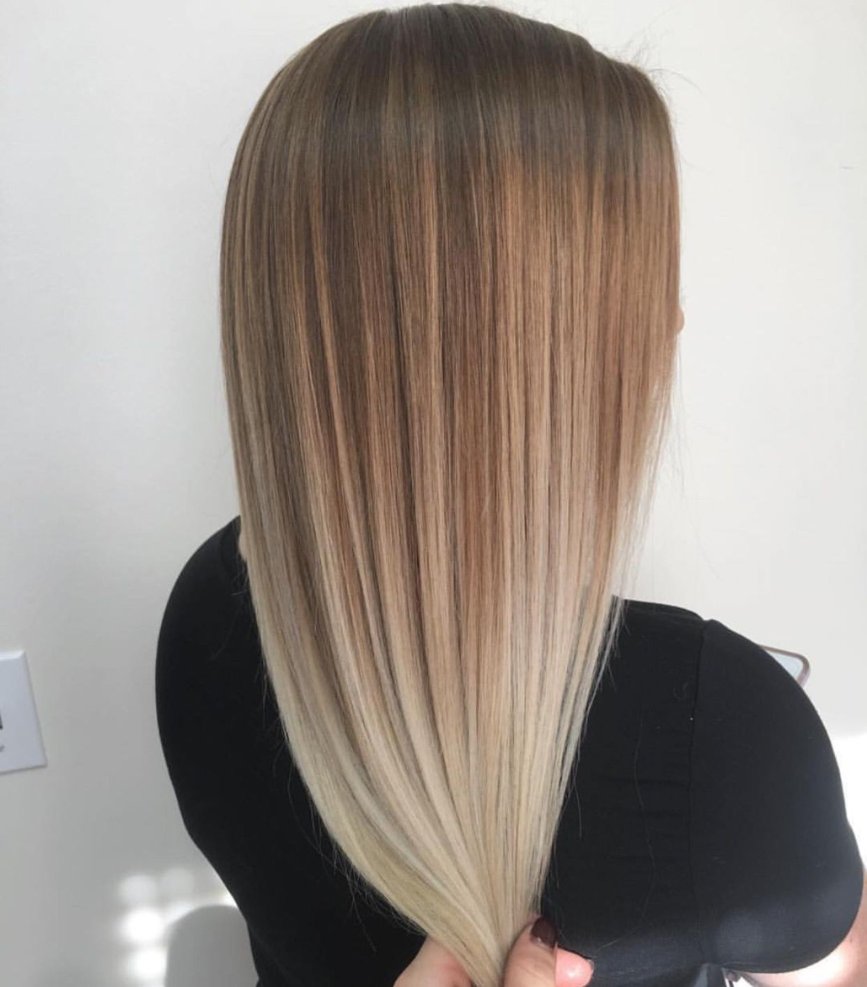 Balayage At Chloedebus Balayage Glattes Haar Haare