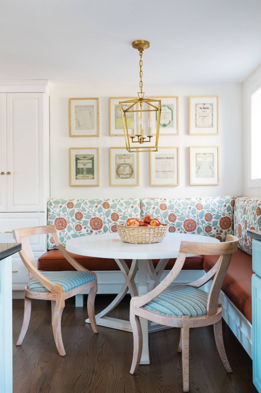 15 The Old Reader Dining Nook Kitchen Seating Breakfast Nook