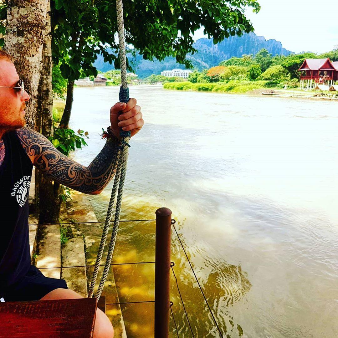No matter what you do in life, always put your heart into it. Live life without regret!  #vangvieng #laos #asia #travelling #travelasia #travelwithme #traveladdict #beautifullife #motivation #southeastasia #travelphotography #travelgram #bagwatattoo #guyswithtattoos #tattoolife #tattoedmen #tattoosofinstagram