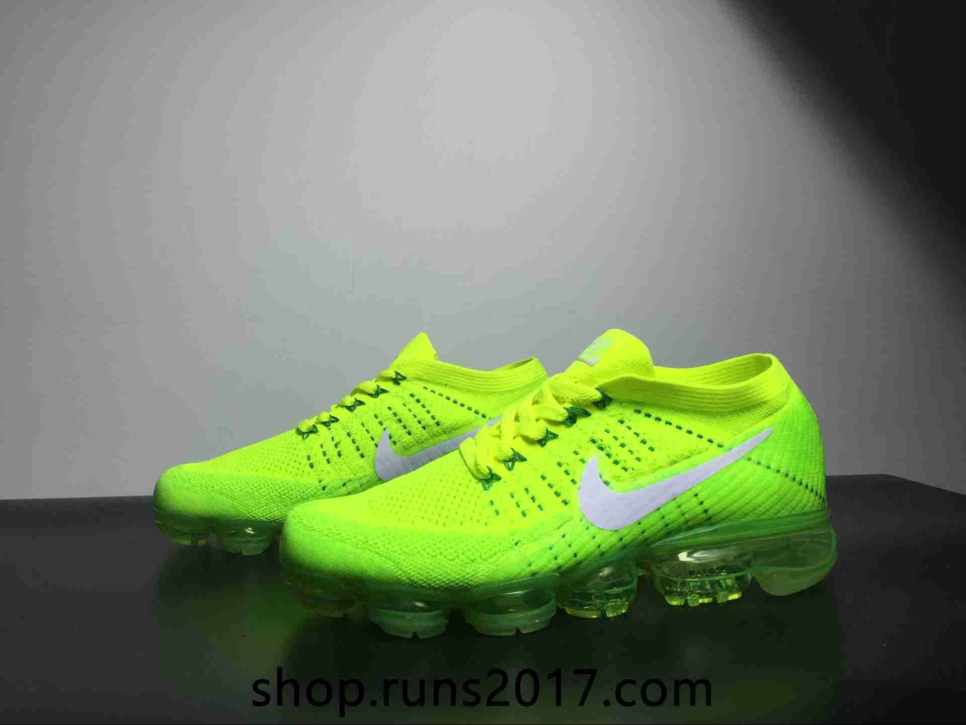 neon green vapormax