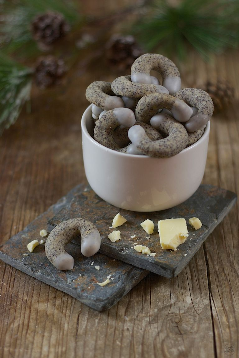 Mohnkipferl Weihnachtskekse - Sweets and Lifestyle® #sweetpie