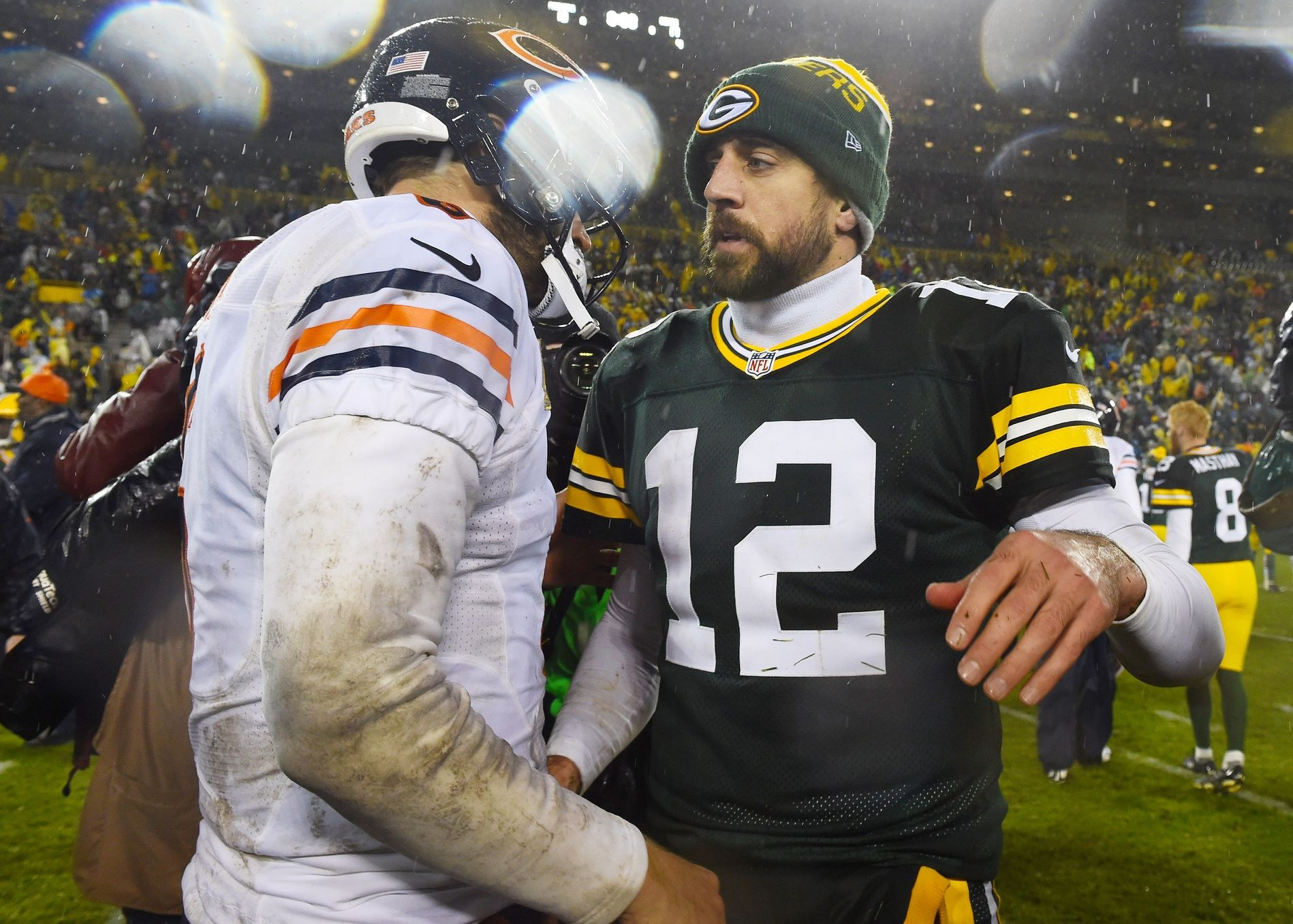 There Is No Rivalry More Historic In The Nfl Than That Of The Green Bay Packers And Chicago Bears One That Has Laste Chicago Bears Green Bay Packers Green Bay