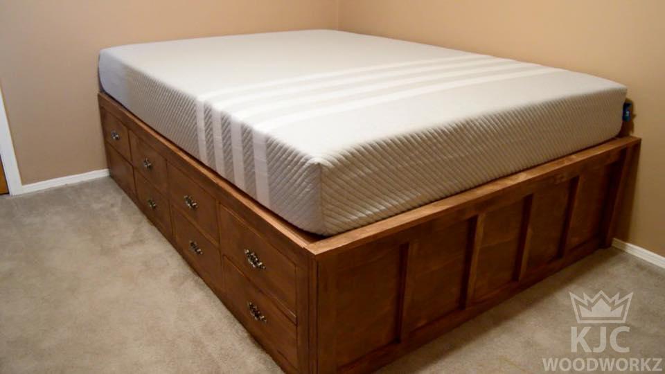 Pin von KJC Woodworkz auf Custom-made Bedroom Furniture made by KJC ...