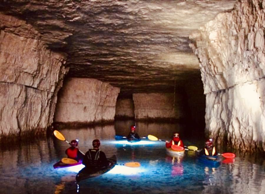 Underground Kayaking & Boat Cave Tours   Red River Gorge