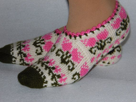 Items similar to ivory slippers, floral slippers,winter fashion ...