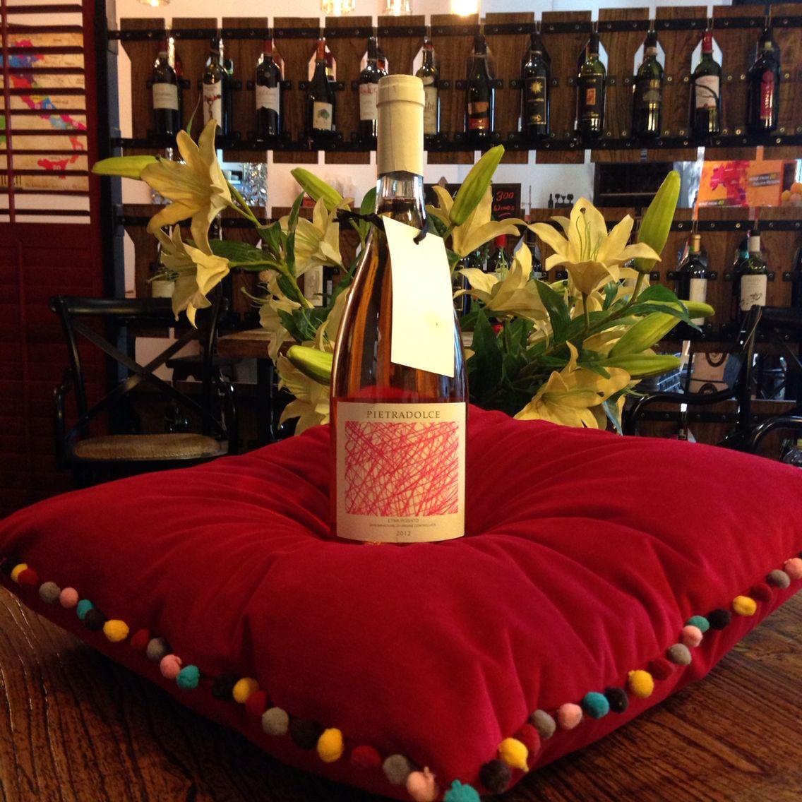 17 Nov 2015 Sjp Movie And Wine Tasting With Bacco Night Lucky Draw Prize Winner Fiona Corbett Won A Bottle Of De Wine Tasting Events Wine Tasting Italian Wine