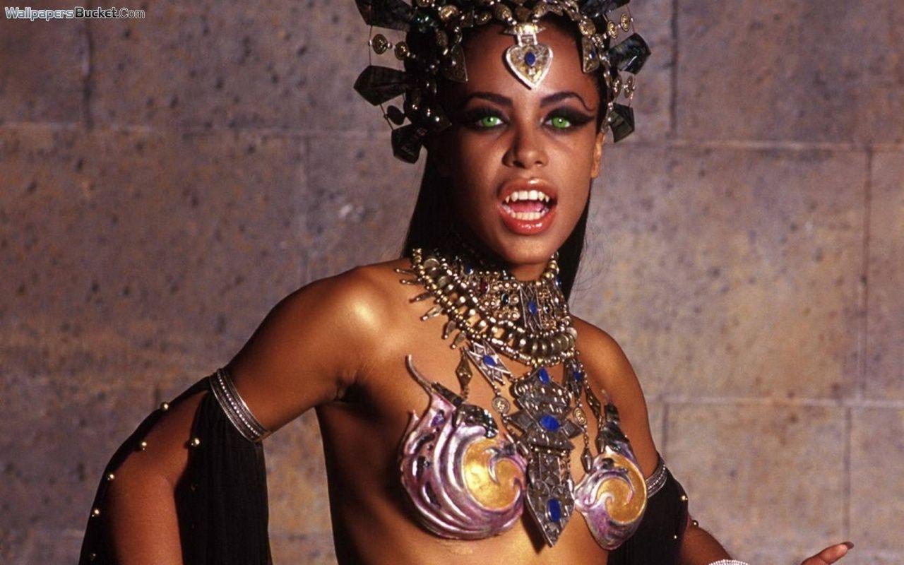 Pin On Aaliyah Dana Haughton
