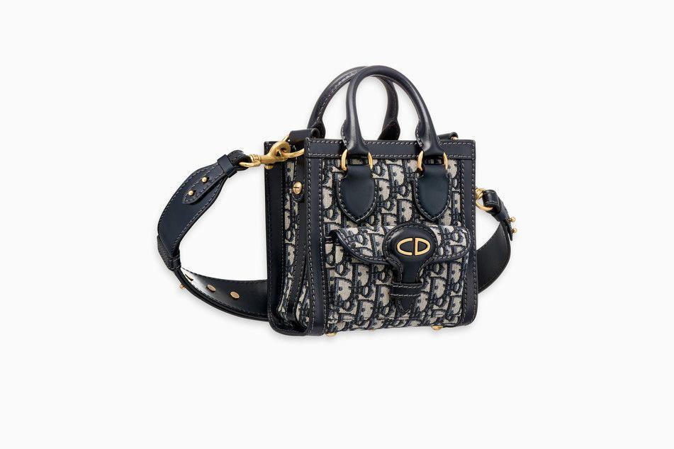 943496aa3267 MINI DIOR OBLIQUE TOTE BAG IN SIGNATURE CANVAS - Dior Oblique Dior ...