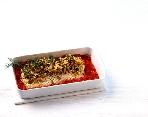 sea salmon filets with onion crust