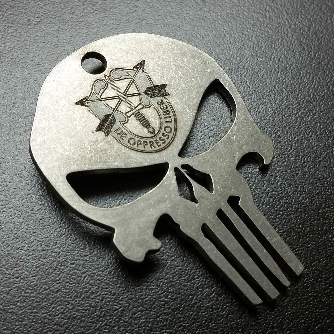 Us Army Sniper Logo Engraved On Punisher Skull Engraving And Cutting Was One Pinterest