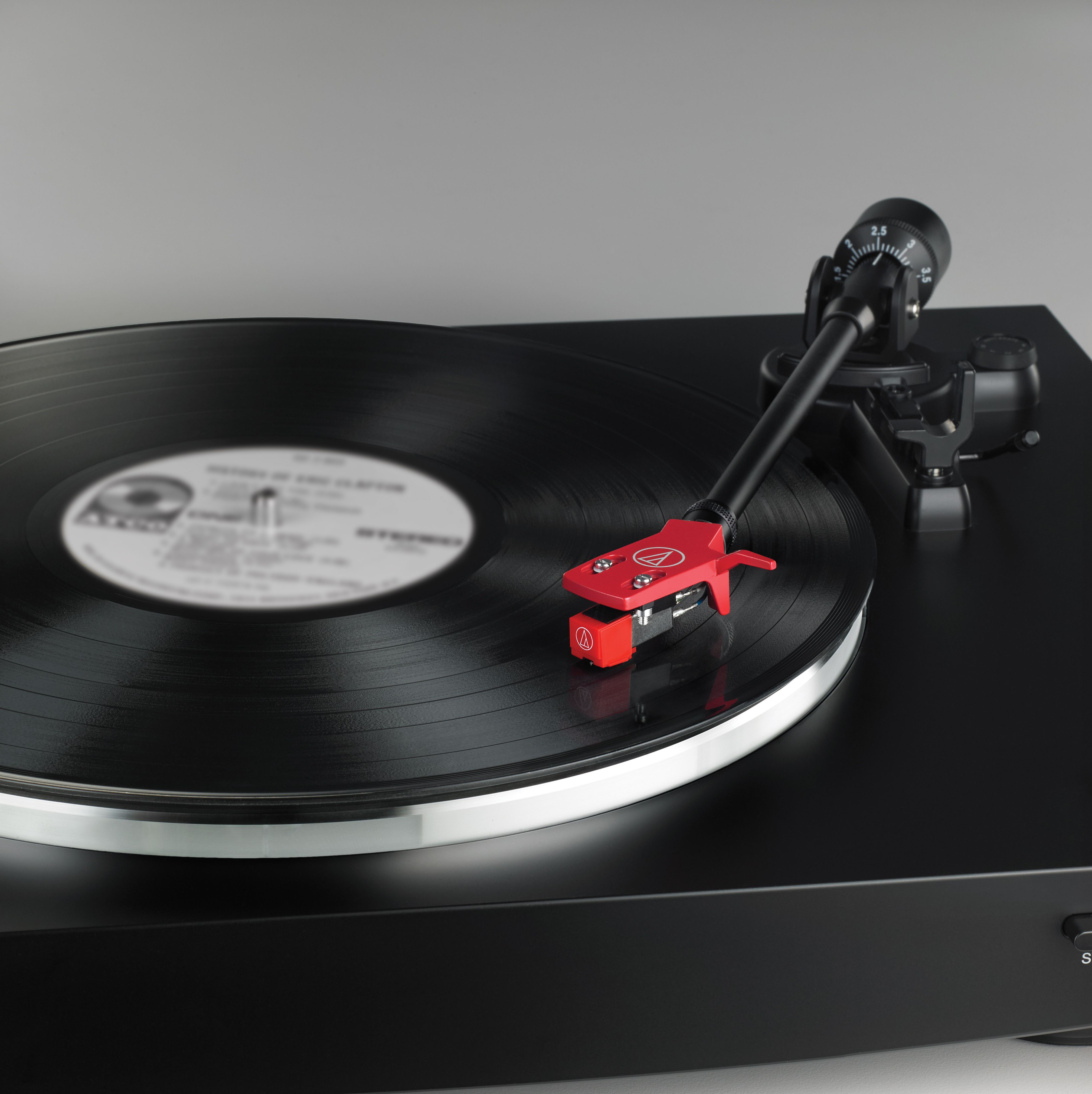 This Valentinesday Give Them A New Turntable That Will Make Their Heart Skip A Beat Not Their Records Vinyl L Stereo Turntable Audio Technica Turntable