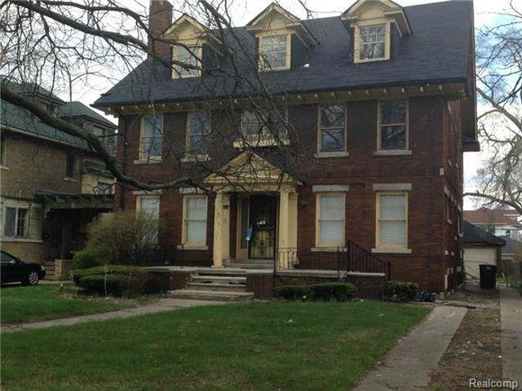 2512 Boston Blvd Detroit Mi 48206 Mls 214041066 Estately Estate Homes Renting A House House Exterior