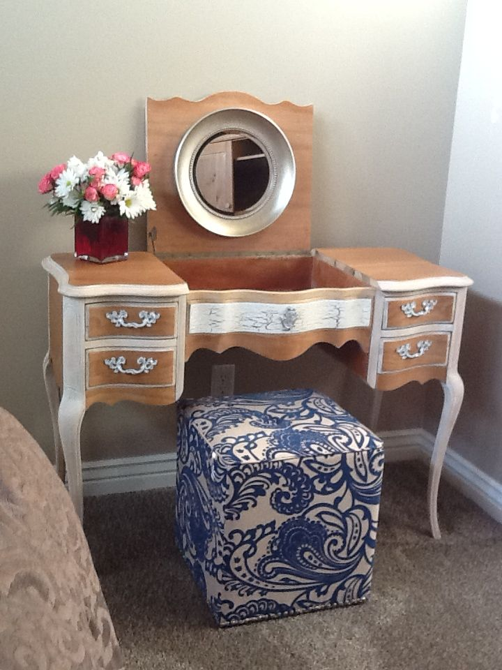This is my newly refurbished vanity that I've put in my